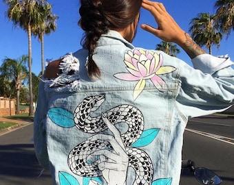 Snake in Lotus