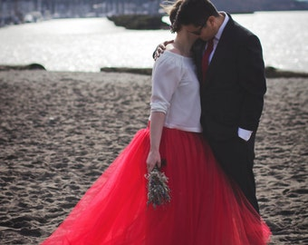 Red Full length tulle skirt with lining , photo prop, adult tulle skirt, Wedding skirt, bridal skirt