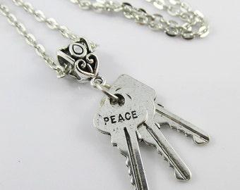 Peace Faith Love Message Keys Charm Necklace 45cm Silver Tone Chain