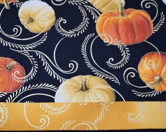 Thanksgiving table runner   Holiday table runner  Pumpkin table runner  Fall table runner