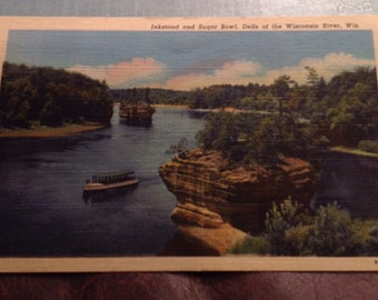 Vintage linen postcard -  Inkstand and Sugar Bowl, Dells of the Wisconsin River, Wisconsin, good condition, unused