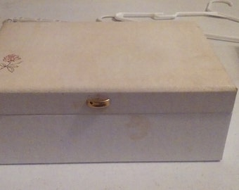 Vintage Buxton Jewelry Box With Teal lining