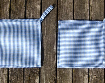 potholder - oven cloth - oven mitt - blue - white - plaid