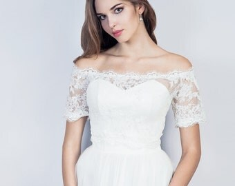 Off shoulder wedding lace bolero