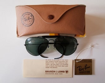 ray ban made in china uf61  Vintage Deadstock Ray-Ban Outdoorsman Aviator sunglasses MADE IN USA