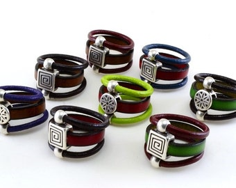 Ring of leather and zinc alloy
