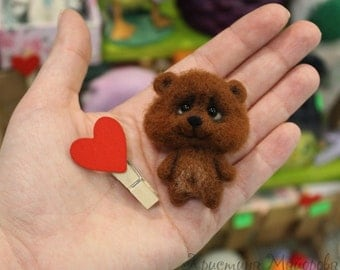 brooch bear (Teddy bear Brooch)