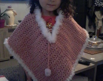 Daughter or crochet baby poncho. A customize depending on the size you want