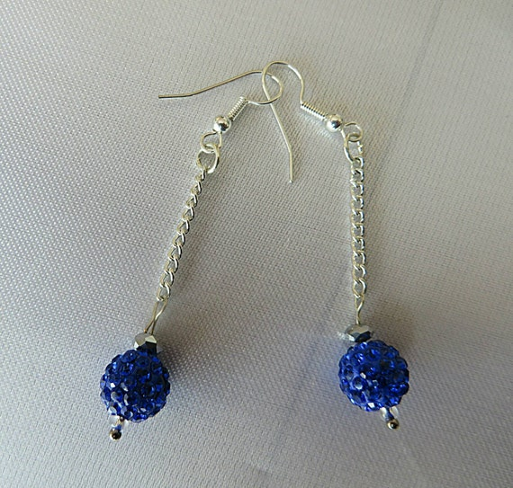 Earrings with chain silver Royal Blue pearls shamballa and claire fine quality