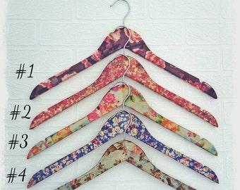 Hangers, clothes hanger, dress hanger, laundry hanger, coat hanger, clothes storage, coat hangers, hanger, retail display, wooden hanger