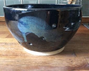 Handmade yarn bowl, fruit bowls, wheel thrown pottery, ceramics, Bristol crafts, gift, for her, for him, knitting