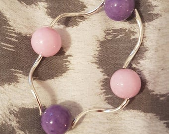 Pink and purple twisted stretch bracelet