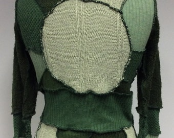 Green reconstructed sweater