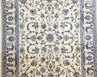 Dwarf Persian wool and silk, fine carpet! Old