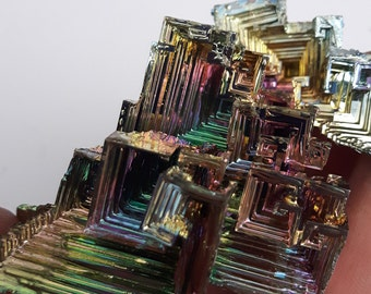 ON SALE 30 % OFF 118 Gram Multicoulored Bismuth Crystal