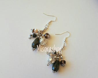 Cluster earrings with pearls and crystals of various sizes Army Green and powder pink
