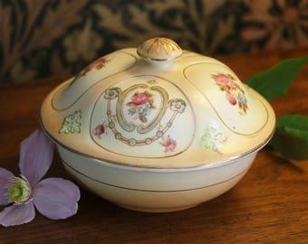 Antique Fieldings lidded dressing table dish, (Crown Devon), c1912; trinket dish; antique pottery dish; Edwardian pottery bowl; blushware