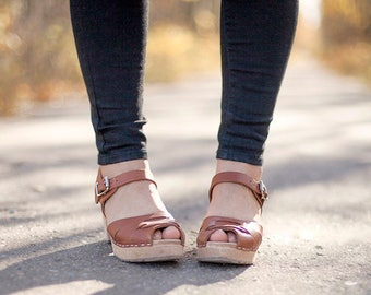 Swedish Clogs Peep Toe Tan Leather by Lotta from Stockholm / Wooden Clogs / Summer Sandals / High Heel / Made in Sweden / Scandi / Shoes