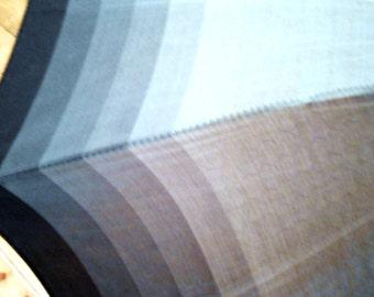 simple 60's & vintage - grey striped umbrella