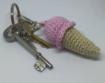 Cute ice cream key chain, ice-cream key ring, dinky icecream key fob. Can also be used as bag charm