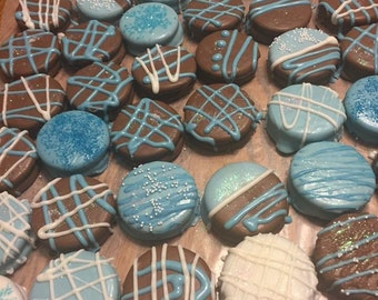Blue Chocolate Covered/Dipped Oreo Cookies, Blue Cookies, Baby Shower Favors for Boys, Blue Wedding Favors and Treats, Candy Dessert Table