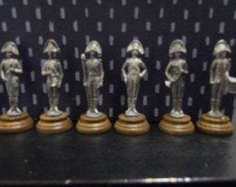 6 Tin soldiers Carabinieri in 1800 's vintage marching band uniform
