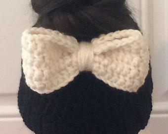Messy bun bow hat