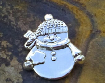 Silver Metal BEST Brand Snowman Brooch Scarf Pin Christmas Holidays Winter Accessory