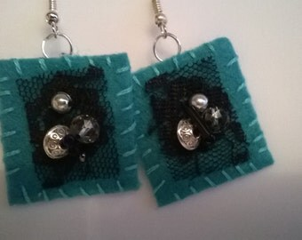 Felt earrings,black lace,czech crystals