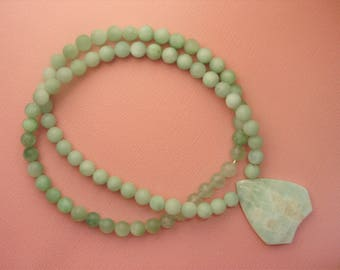 Green Stone Pendant Necklace from GraceStoneDesign