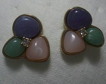 Reserved Avon vintage lavender pink and green stone pierced earrings