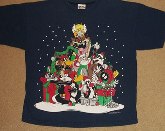 Vintage 1996 Looney Tunes Group Christmas Shirt Size Large