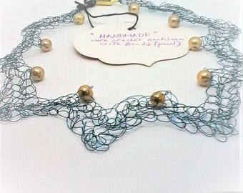 wire crochet with gold beads