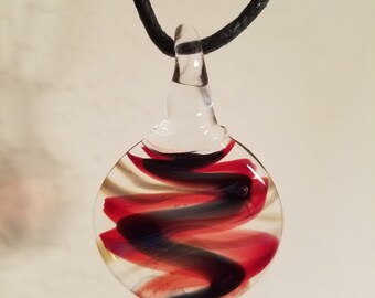 Round ribbon pendant red and black