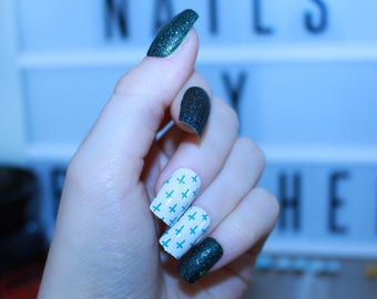 Polished! - Glitter Green Cross - Hand Painted False Nails