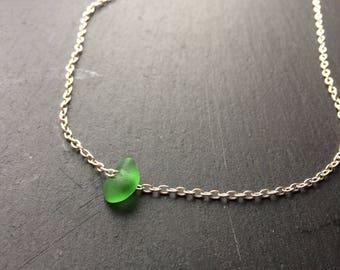 Green seaglass short necklace
