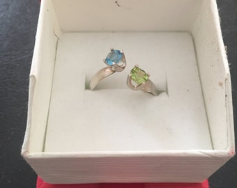 Peridot and Aquamarine adjustable sterling silver ring (starting size 8)
