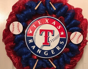 24' wide Texas Rangers Wreath