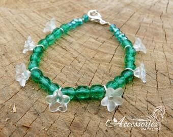 Green bracelet Floral bracelet Flower bracelet Green jewelry Boho bracelet Bracelet gift Delicate bracelet Summer bracelet Floral jewelry