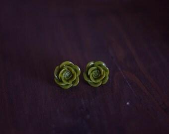 Vintage Rose Earrings (olive green)