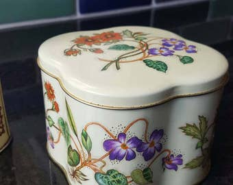 The Tin Box Company by Daher Vintage Floral Tin