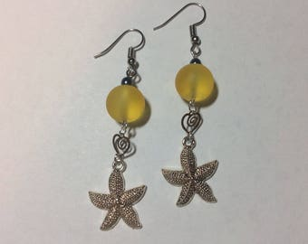 "Earrings ""starfish and little heart beaded yellow"""