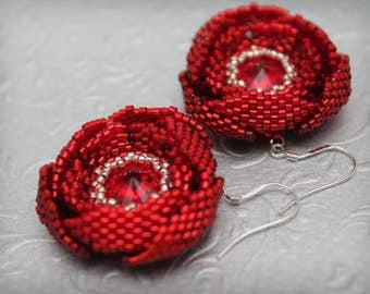 Romantic flower earring, nature inspired jewelry, Flower earrings, red earrings, artisan beadwork earrings,  flower jewelry
