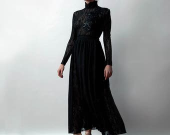 Black Lace Long Sleeves Dress with Shiny Black Embroidery