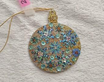Round Ornament 2