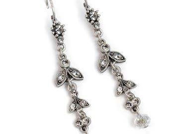 Graduated Dangle Earrings, Crystal Earrings, Wedding Earrings, Bridal Jewelry, Silver Earrings, Gatsby Earrings, Vintage Style Earrings E105