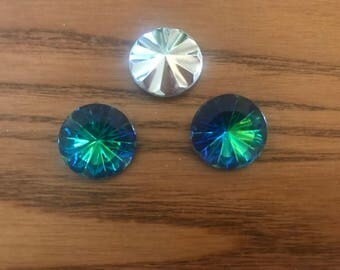 3 pcs Vintage 18mm Round Glass Crystal, Mediun Virtail color, very limited stock