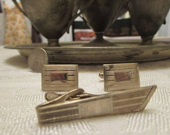 vintage cuff links and tie clip