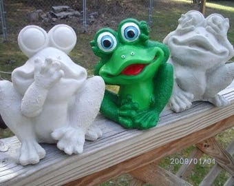 Concrete Ready to Paint, frogs See no evil, speak no evil, hear no evil