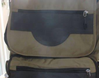 Wrangler Laptop/ Backpack   Two Tone Design
